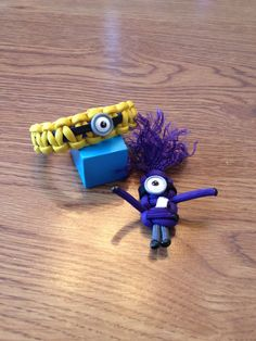 Paracord minion bracelet and keychain