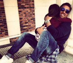 David Bustamante se funde en un cariñoso abrazo con su hija Daniella