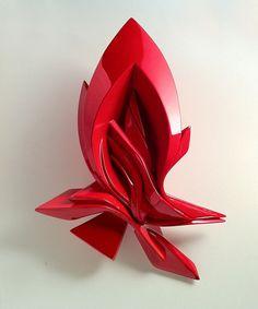 'Small Glimpse Glossy', a computer modelled sculpture by Peeta EAD RWK