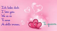 Frases para enamorados en postales románticas con corazones.