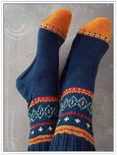 Ravelry: millefleurs' color…please! Ravelry: millefleurs' color…please! Crochet Socks, Knit Mittens, Knit Or Crochet, Knitting Socks, Hand Knitting, Knitted Hats, Knitting Patterns, Sock Toys, Patterned Socks