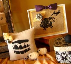 Decoration your home for celebrating Eid with your friends and family. Entertain and feel the warmth of Eid with crafting simple Eid stenciled DIY projects. Eid Crafts, Ramadan Crafts, Ramadan Decorations, Diy Halloween Decorations, Halloween Diy, Hanging Decorations, Aid Mobarak, Teaching Kids Colors, Aid El Fitr