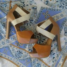 Platform strappy sky high heels Sz 8.5, tan and cream vegan leather with zipper heel. NWOB, Never worn. Bumper Shoes Platforms