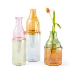 Incipit Vases