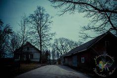 RUOTSALAN KYLÄ JA KULTTUURIMAISEMA Ruotsalan kylä on sarkajaon aikainen mäen kumpareelle sijoittuva ryhmäkylä ja merkittävä rakennettu kulttuuriympäristö. http://www.naejakoe.fi/nahtavyydet/ruotsalan-kyla-ja-kulttuurimaisema/