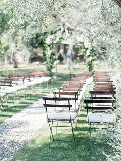 #seating, #outdoors, #rustic-elegance  Photography: Kate Holstein - kateholstein.com Venue: Castello Di Vicarello - www.castellodivicarello.eu/