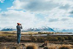 Zoek je tips voor Nieuw-Zeeland? In deze blog vind je 50 tips voor Nieuw-Zeeland. Van de beste plek om te skydiven tot het huren van een camper. Travelling, Camper, Om, Mountains, Nature, Rice, Caravan, Naturaleza, Travel Trailers