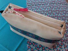 Trousse Zip-Zip cousue par L'atelier des Fleurs de Val - Patron couture Sacôtin