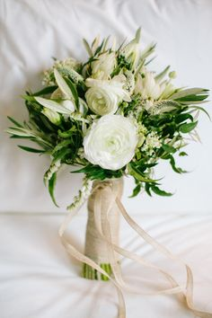 This lovely bouquet: http://www.stylemepretty.com/2015/01/07/destination-elopement-in-brooklyn/ | Photography: Mirelle Carmichael - http://www.mirellecarmichael.com/
