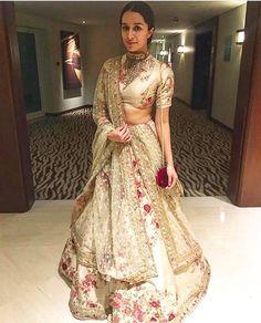 shraddha kapoor in sabyasachi lehenga Lehnga Dress, Lehenga Gown, Red Lehenga, Bridal Lehenga, Wedding Lehanga, Wedding Dress, Punjabi Wedding, Anarkali, Indian Wedding Outfits