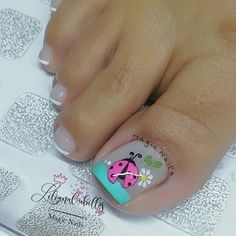 Pedicure, Magic Nails, Bright Nails, Nailart, Lily, Beauty, Finger Nails, Toenails Painted, Pretty Toe Nails
