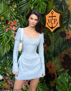 Fashion inspo Vogue Responds to Backlash Over Kendall Jenner's 'Afro' in Recent Photo Shoot Caribbea Kylie Jenner Outfits, Kendall Jenner Dress, Kendall Jenner Mode, Kendall Jenner Fashion, Kendall Jenner Photos, Kendall And Kylie, Kendall Vogue, Looks Chic, Looks Style
