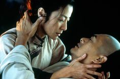 movies-crouching-tiger-hidden-dragon-michelle-yeoh-chow-yun-fat.jpg (618×410)