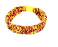 Survival Bracelet made from colorful Parachute cord using the fishtail weave Braided Bracelets, Paracord Bracelets, Crochet Projects, Craft Projects, Craft Ideas, Bracelet Making, Jewelry Making, Parachute Cord, Paracord Projects