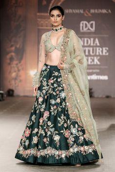 The Renaissance Muse Latest Bridal Lehenga, Designer Bridal Lehenga, Indian Bridal Lehenga, Bridal Mehndi Dresses, Bridal Outfits, Indian Dresses, Indian Outfits, Lehenga Choli Online, Lehenga Gown