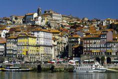 Porto, a wonderful and coloured city, isn't it cute? - Oporto, una ciudad maravillosa, llena de colores y contrastes.