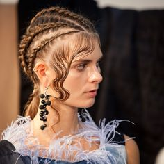 ALINA ASSI SS18 #AlinaAssi #fashion #beauty #АлинаАсси #SS18 #russiandesigner #fashiondesigner #MFW #moscowfashionweek #гостиныйдвор #Backstage