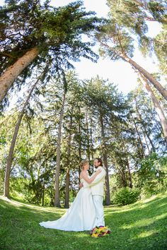 Wedding and Portrait Photograper Family Portrait Photography, Family Portraits, Portrait Photographers, Lgbt Wedding, Destination Wedding, United States, Engagement, Wedding Dresses, Fashion