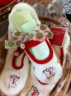 TOASTY TOES!  Includes Mint Bliss Foot Lotion & cute pair of footsie socks - $15