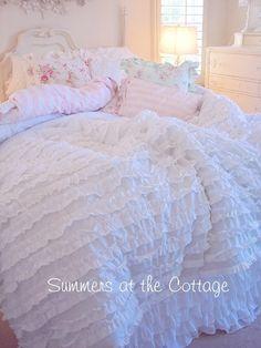 Dreamy White Ruffled Comforter
