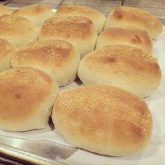 Art of Dessert: Pandesal (Filipino Bread Rolls)