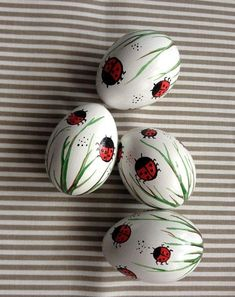 Easter Eggs Kids, Easter Crafts For Kids, Summer Crafts, Easter Decor, Fall Crafts, Christmas Crafts, Easter Egg Designs, Selling Handmade Items, Egg Art