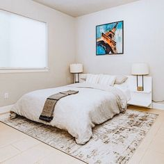 ❣️Blues pairs perfectly with neutrals (white, grays, beiges, black accents). Adding a hint of blue will ensure your neutral room doesn't… Black Accents, Blues, Neutral, Pairs, Beige, Room, Furniture, Home Decor, Bedroom