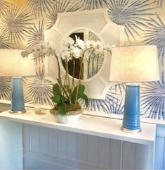 Pretty entry by Lynn Morgan Design. Oomph Lyford Mirror, Harbour Island Console, and Nantucket lamps. All our favorite places! Luxury Furniture, Diy Furniture, Furniture Design, Coastal Cottage, Coastal Style, Foyer, Entryway Tables, Online Furniture Stores, Florida Home