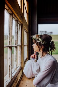 An unconventional styled bridal wedding shoot with a bohemian aesthetic for the modern bride. Wedding Shoot, Dream Wedding, Wedding Dresses, Elegant Table Settings, Crystal Crown, Bridal Hair, Fashion Photography, Weddings, Bride