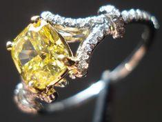 I love this kind of diamond, i think it's soo beautiful!