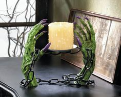 Halloween Witch Green Hands Shackles Chains Candle Holder Stand Creepy Decor #CandleHolder