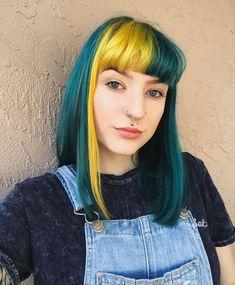 Lilac Hair, Hair Color Purple, Pastel Hair, Gray Hair, Blue Hair, Pelo Multicolor, Split Dyed Hair, Arctic Fox Hair Color, Dye My Hair