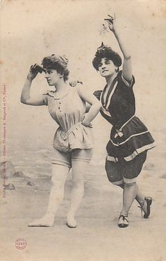 French photographic postcard, ca. 1900.