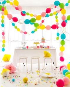 Balloon inspo    So excited about the world of linking balloons!  . . . #ballooninspo #balloons #balloondecor #balloondecorations #summermarket