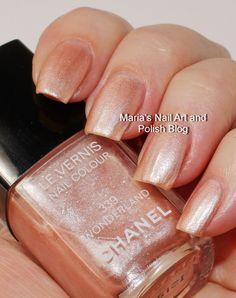Chanel Wonderland 339