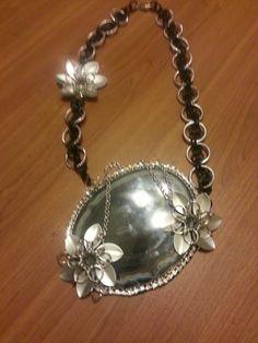 collana chainmaille con agata grigia centrale di giujoux su Etsy, $80.00