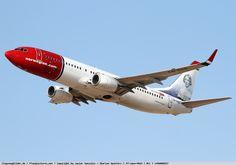 Photo Norwegian Air Shuttle Boeing 737-8JP LN-DYG