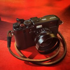 Fuji X100T with Gordys Strap