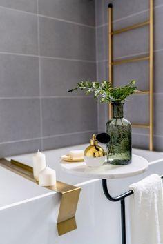 via heavywait - modern design architecture interior design home decor & Room Interior, Home Interior Design, Bathroom Toilets, Washroom, Bathroom Accesories, Bathroom Goals, Bathroom Design Luxury, Tiny Spaces, Decoration