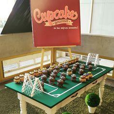 Dedicamos esta exhibición a nuestro equipo Mineros de Guayana en su participación el día de ayer contra el Aragua FC.  #cupcakegourmet #magdalenas #pzo #pzocity #ctecachamay #futbol #igersguayana #fanaticosdelfutbol #ciudadguayana #minerosdeguayana