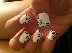 Green and white cheetah nails ❤