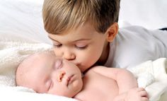 Cute baby sibling phorography