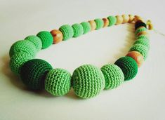 The length of the beads is adjustable from 10 to 12 inch. Diameter of the binding beads 10 inch. Diameter of unbound juniper beads 7 inch. Teething Necklace, Nursing, Crochet Necklace, My Etsy Shop, Beaded Bracelets, Beads, Check, Green, Jewelry