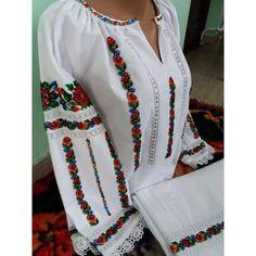 Kimono Top, Traditional, Costumes, Clothing, Women, Fashion, Embroidery Stitches, Fun Crafts, Cross Stitch