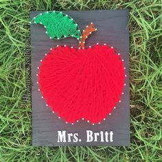 Teacher's Apple String Art by MaisynsCreations on Etsy