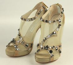 "The ""Grace Shoes"" from Prosecutor Princess. Seriously, these are gorgeous."