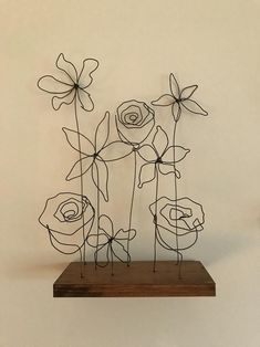 Flower Arrangement Wire Art Mounted to Wood Sculpture image 1 Sculpture Images, Wire Art Sculpture, Sculpture Projects, Art Projects, Wire Sculptures, Sculpture Ideas, Abstract Sculpture, Bronze Sculpture, Sculptures Sur Fil