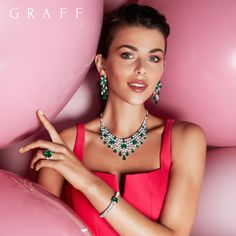 Designed and crafted in our London workshop, our one-of-a-kind emerald jewels can be found in our stores worldwide. Emerald Jewelry, High Jewelry, Luxury Jewelry, Jewelry Art, Fashion Jewelry, Jewelry Design, Georgia, Diamond Necklace Set, Silver Ring Designs