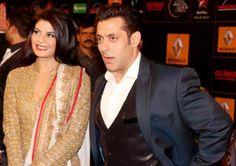 Jacqueline Fernandez gets too cosy with Salman Khan