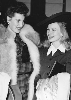 Maureen O'Hara and Veronica Lake